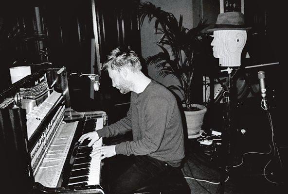 Thom en el Piano