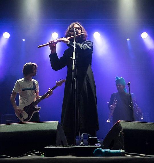 Escuchá el cierre de la gira de Junun de Jonny Greenwood